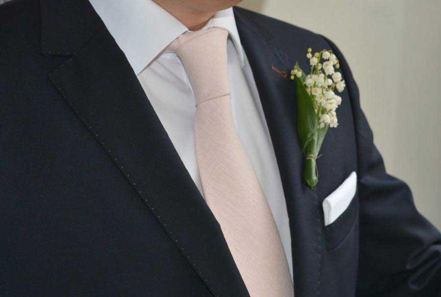 come abbinare cravatta da cerimonia